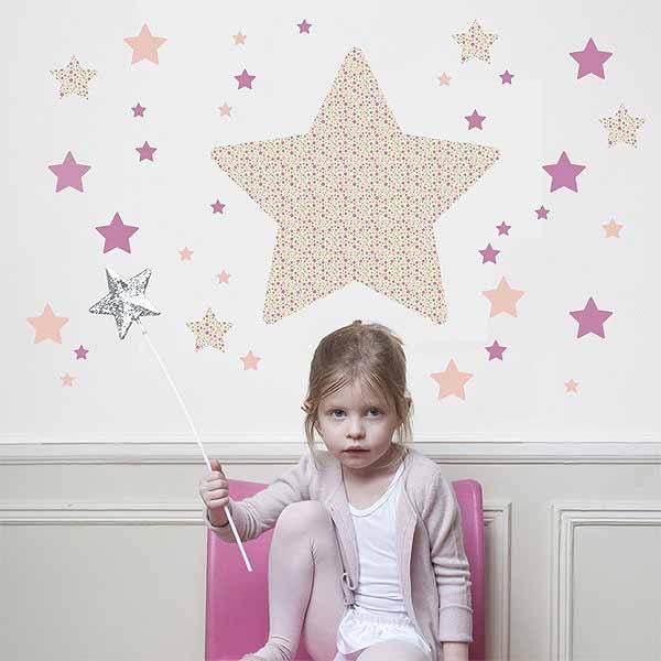 Estrellas decoracion infantil lneas sencillas en el mobiliario infantil decoracin poco - Decoracion infantil nina ...