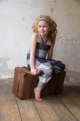 ropa infantil online: mono cuadros