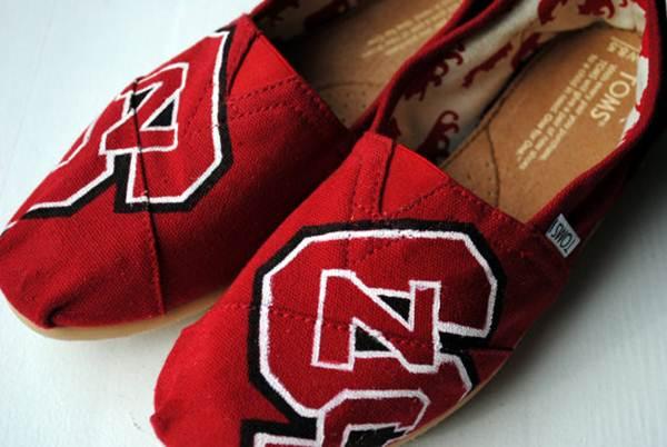 zapatillas de lona: rojas inicales