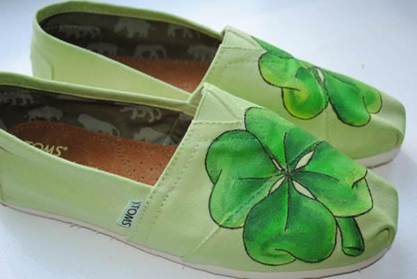 zapatillas de lona: verdes con trébol