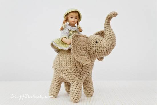 muñecos de ganchillo: elefante gris