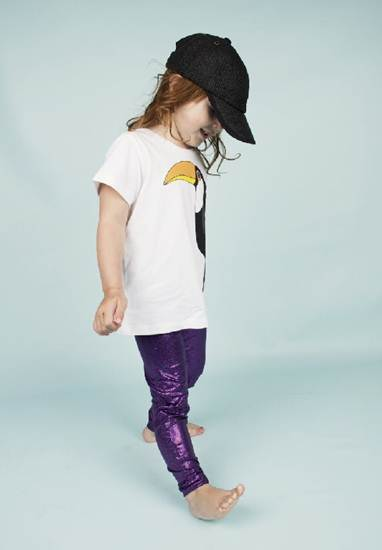 ropa infantil: leggins morados