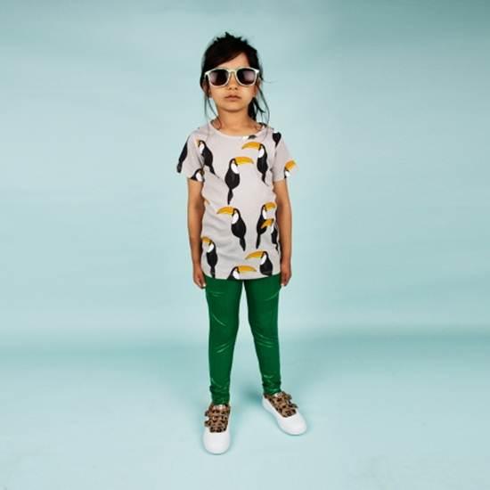ropa infantil: leggins verdes