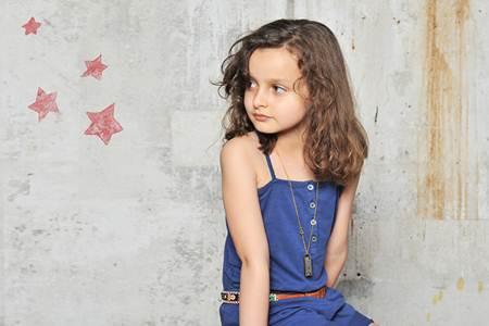 ropa para niños: mono azul
