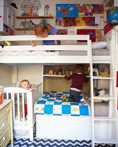 A Cup Of Jo Blog: Habitaciones Infantiles Pequeñas: Aprovecha Todo El Espacio