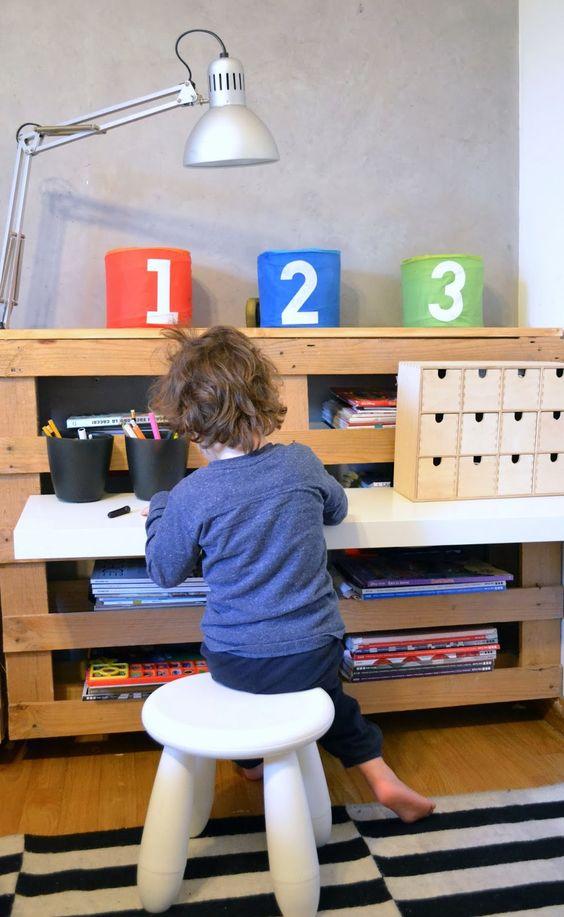 escritorio infantil palets
